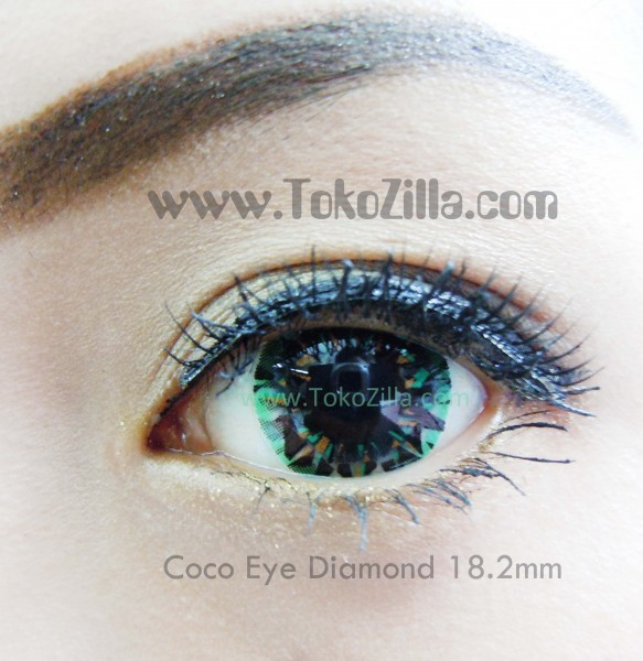 detail coco eye diamond green